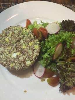 Timbal de quinoa roja y blanca